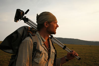 Survivorman (Photo by Laura Bombier)