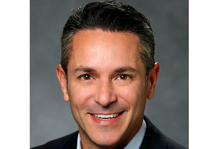Fernando J Hernandez
