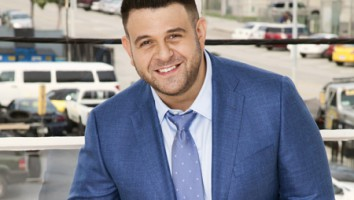 Food Fighters Adam Richman (Photo: Jeff Katz)