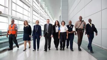 Airport 24/7: Miami