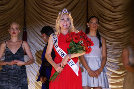 dark side of beauty pageants Headline the ugly side of child beauty pageants child beauty pageants aren't new — they started in the 1920s when an enterprising on this side of the.