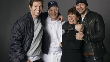 Wahlburgers (Photo by Zach Dilgard)