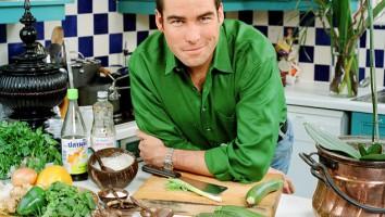 """Ross Burden in """"Ross In Thailand"""". Photo: ITV"""