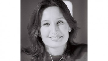 Nadine Paqueneza