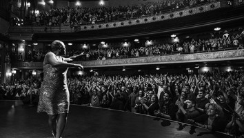 Sharon Jones and the Dap-Kings kick off their delayed 2014 tour at the Beacon Theater in New York
