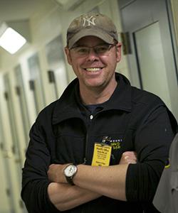 lucky 8 tv executive producer greg henry