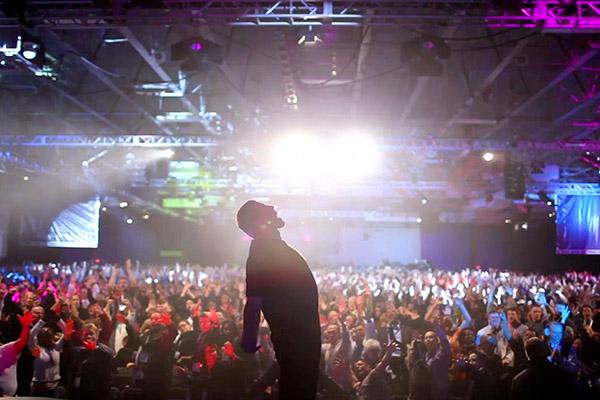 Tony Robbins - I Am Not Your Guru