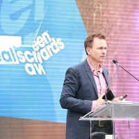 Phil Keoghan hosts the Realscreen Awards.
