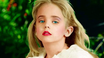 EXCLUSIVE: Intimate family photos of JonBenet Ramsey and family