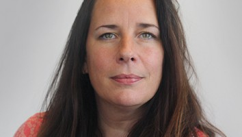 Lucy Van Beek headshot
