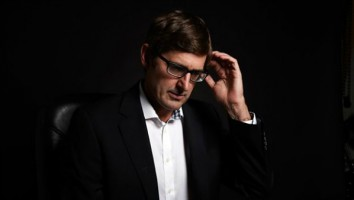 Louis Theroux-2