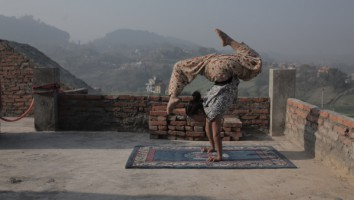 NEW Even When I Fall - Rooftop handstand