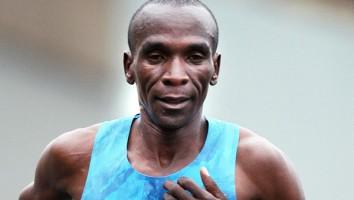 Eliud-Kipchoge-London-Marathon-2015-1250x750