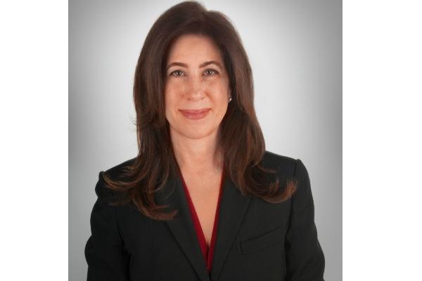 Denise Contis