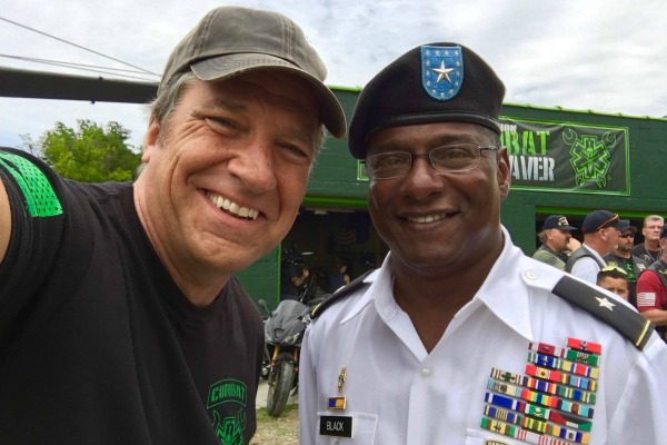 Mike-Rowe-Returning-The-Favor-Crowns-Point-2