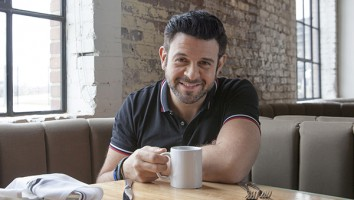 Adam Richman (photo credit Travel Channel)