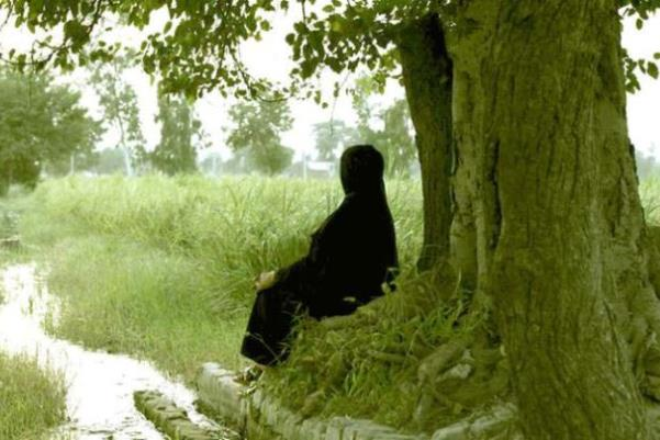 Ali-A-Girl-in-the-River