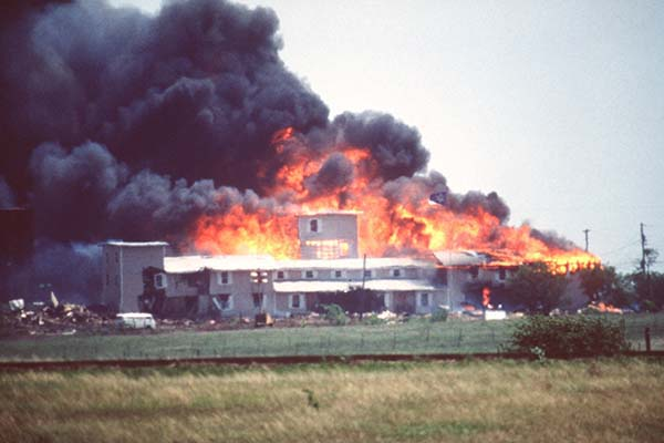 WACO THE LONGEST SIEGE