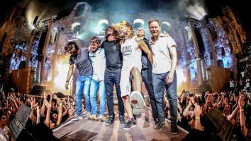 LANDMARKS LIVE_Foo Fighters