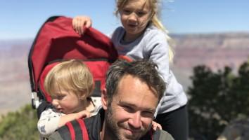 Eli Lehrer with kids