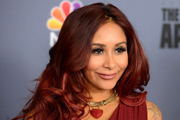 Nicole-Snooki-Polizzi-The-New-Celebrity-Apprentice-Press-Conference-06-662x571