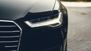Car (1)