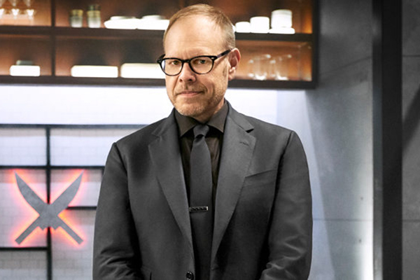 Iron-Chef-America-Returns-To-Food-Network-With-Iron-Chef-Gauntlet-On-April-16-2017-678x381