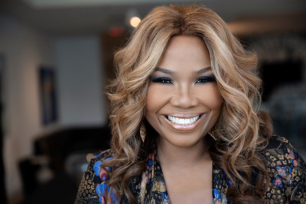 Mona Scott-Young Headshot