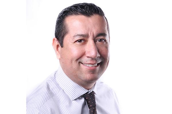 Mauricio Rios Headshot 2018-2