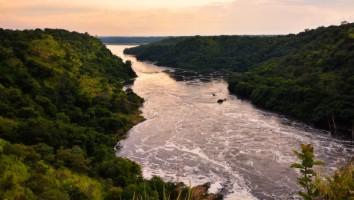 Evening,_Nile_River,_Uganda-2