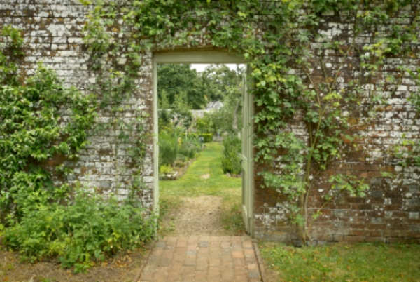 Year in an English Garden-2