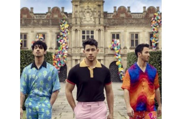 Jonas Brothers-2
