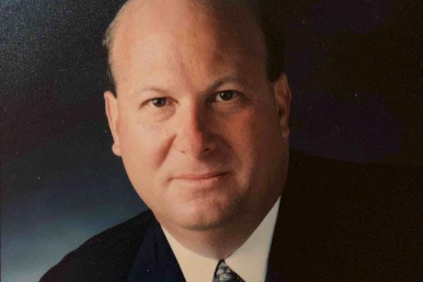 Russell Kagan headshot
