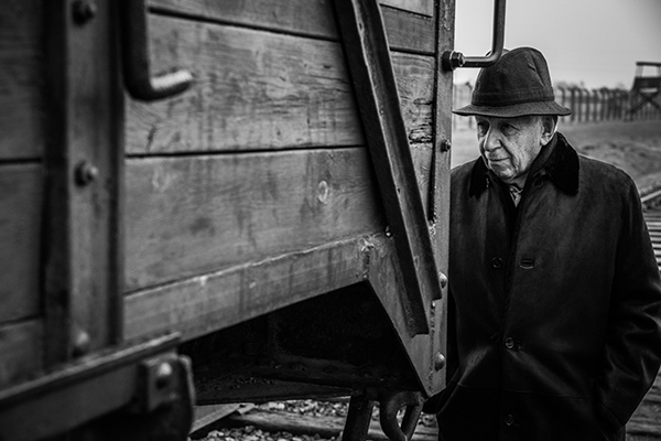 Frank Lowy. Photographer: Leon Moralić.
