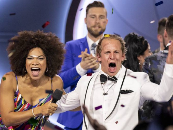 Endemol Shine Big Brother Entertainment Format Season 7 Big Brother Canada winner Dane Rupert celebrates with host Arisa Cox (1) (3)