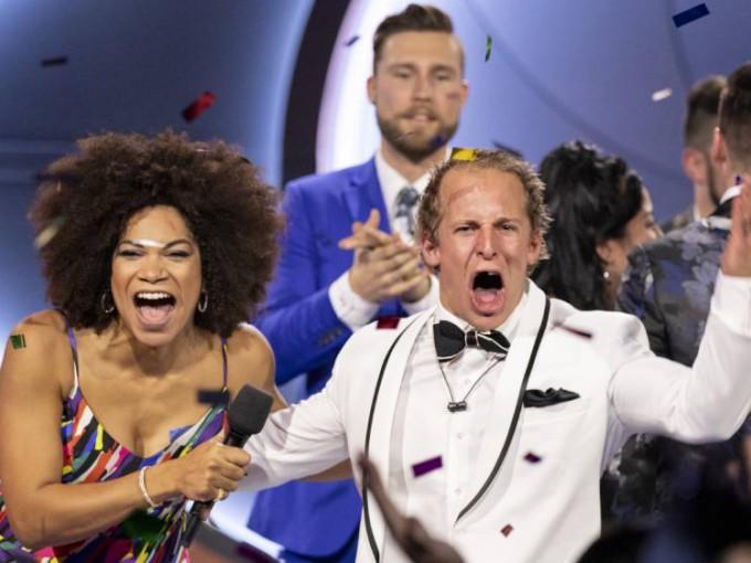 Endemol Shine Big Brother Entertainment Format Season 7 Big Brother Canada winner Dane Rupert celebrates with host Arisa Cox (1) (3)