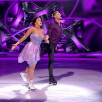 """Extra: """"Dancing On Ice"""" skates into the Netherlands; Quintus scores factual pre-sales"""