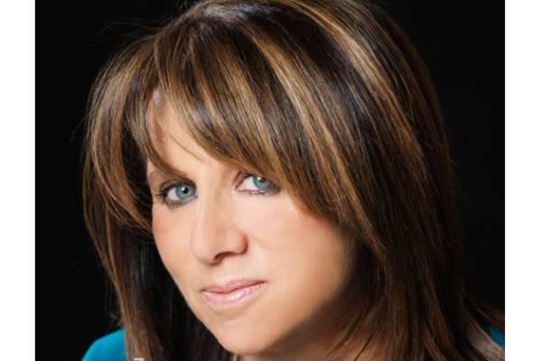 Sally Angel Headshot (1)