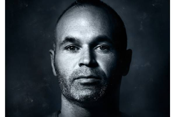 UK_Iniesta_Poster_Web (1)