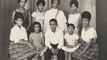 FS-Family_portrait (1)