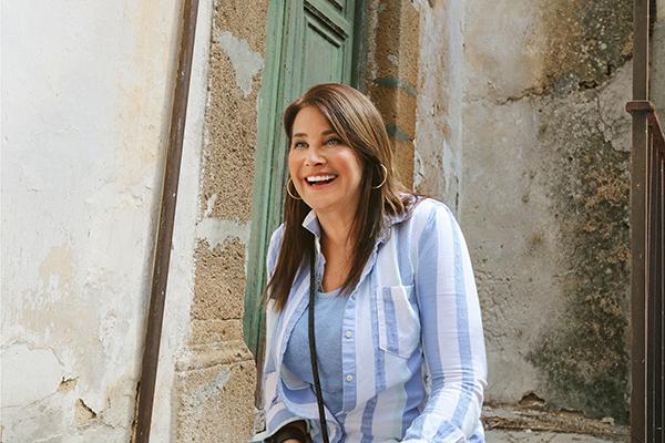 LorraineBracco_MyBigItalianAdventure_HGTV