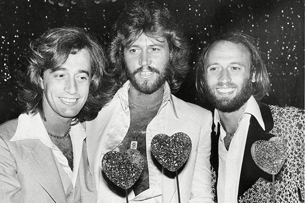 THE BEE GEES HOW CAN YOU MEND A BROKEN HEART