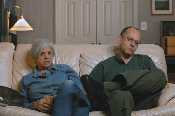 Ron and Sue at home on the couch (1)