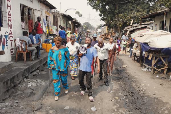 Downstream_to_Kinshasa_1-2