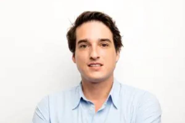 Sebastian-Burkhardt-LinkedIn