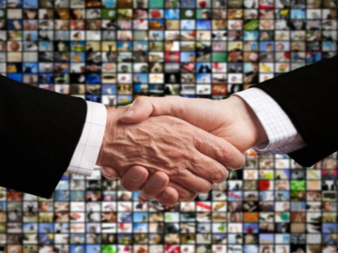 handshake_shutterstock_600x400