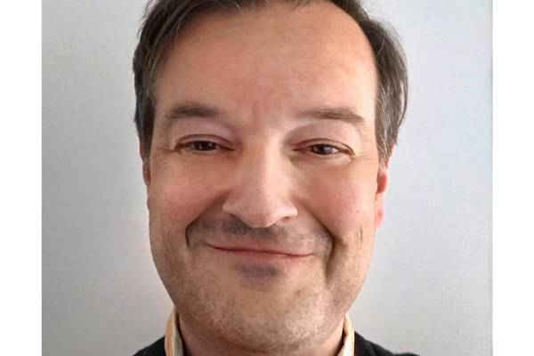 Drew Tappon Headshot (1)