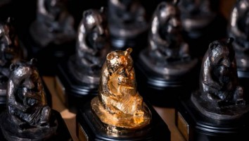 Wildscreen Panda Awards trophies (1)
