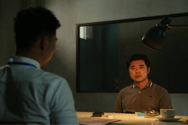 Recreation of Tse Chi Lop in interrogation room with Hong Kong Police after arrest in Hong Kong in 1998 (1)